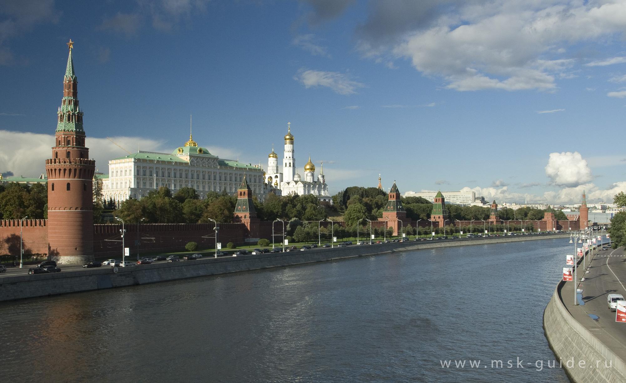 Романтика речной Москвы (романтический ужин для двоих на борту теплохода )